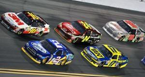 Другата рекламна истерия наречена Daytona 500 предстои