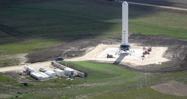 Елън Мъск върви усилено към завладяване на космическите транспортни услуги