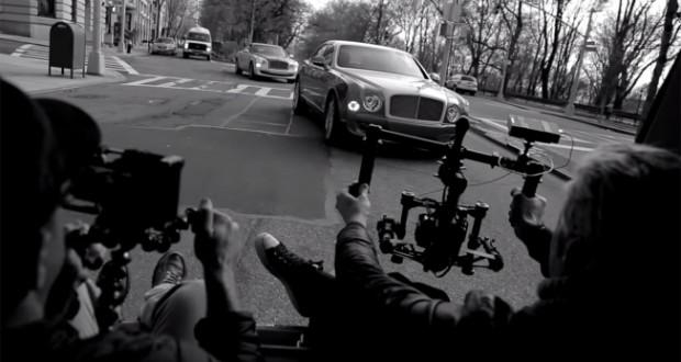Една от най-скъпите автомобилни марки засне рекламата си с телефони, а монтажа бе на задната седалка